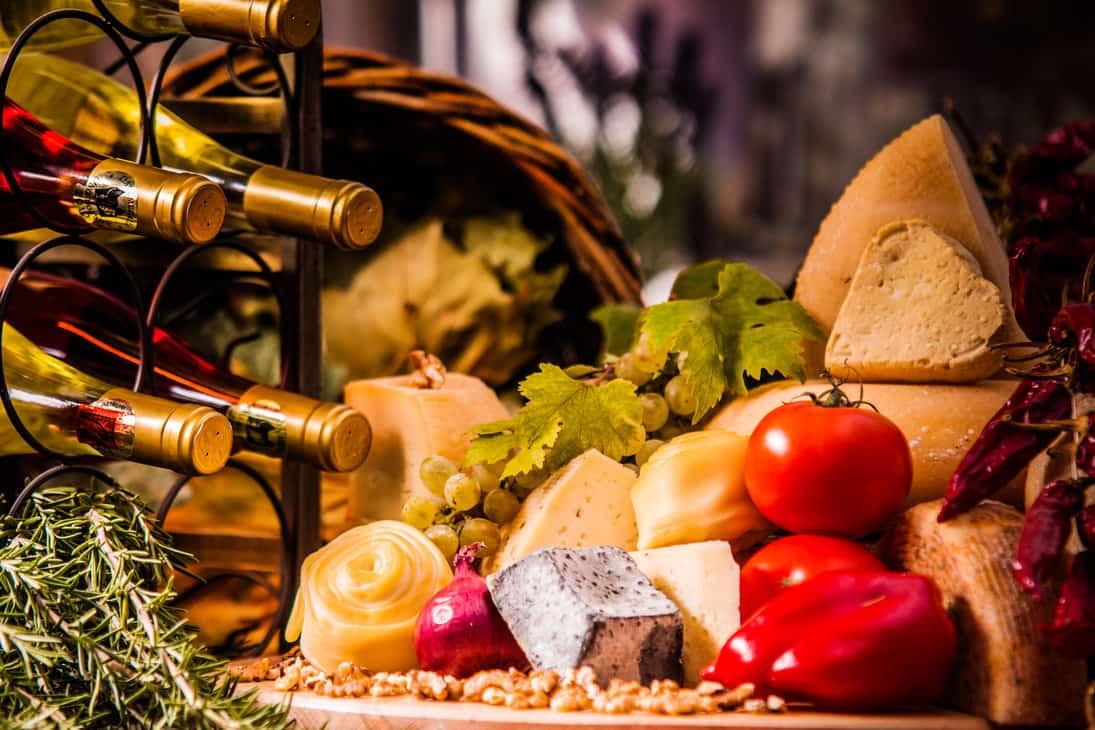 Как лучше сочетать вино и сыр