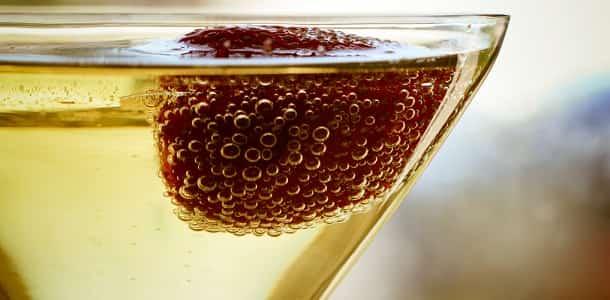 Вино на праздник
